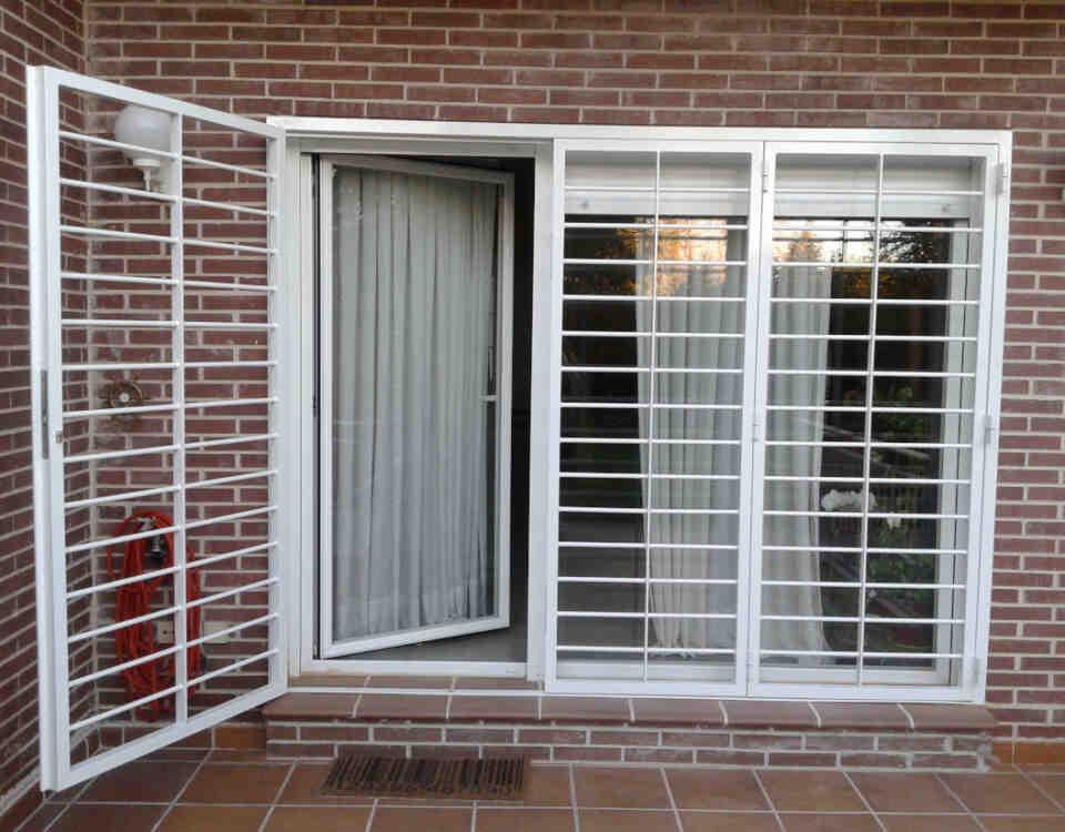 rejas para ventans hospitalet 960x750 - Rejas para Ventanas y Puertas Hospitalet